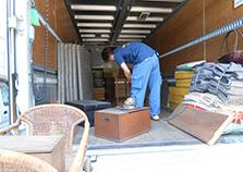 松元サービスの美術品・貴重品輸送 エアサス パワーゲート ウイング車