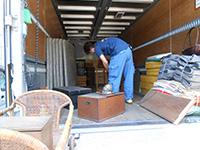 松元サービスの美術品輸送 骨董品のトラック輸送 4tエアサス パワーゲート車