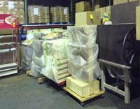 松元サービスのイベント・演劇舞台セット輸送 舞台用品の一時預かりとトラック輸送