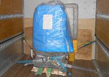 松元サービスの精密機器輸送 エアサス パワーゲート ウイング車